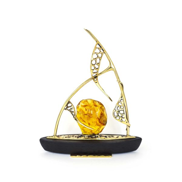 amber-figurine-the-boat-3-left-side