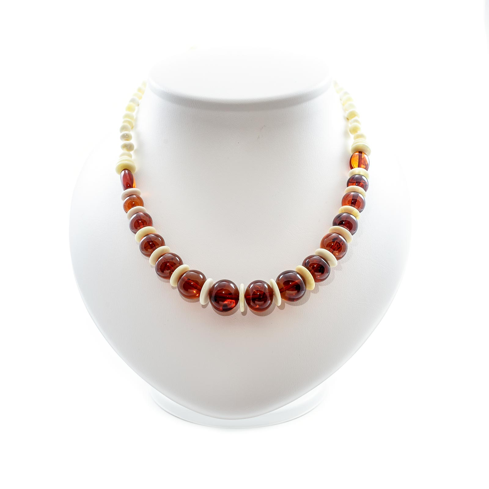 "Natural Baltic Amber Necklace ""Nouvelle"""
