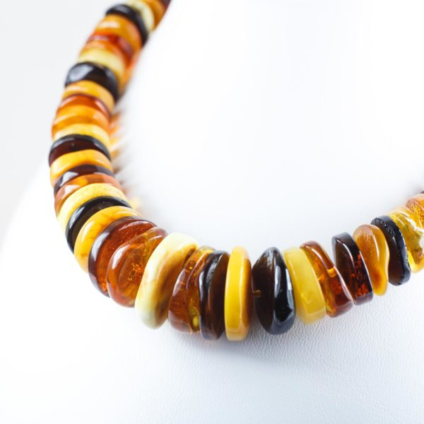 natural-baltic-amber-necklace-iris-2