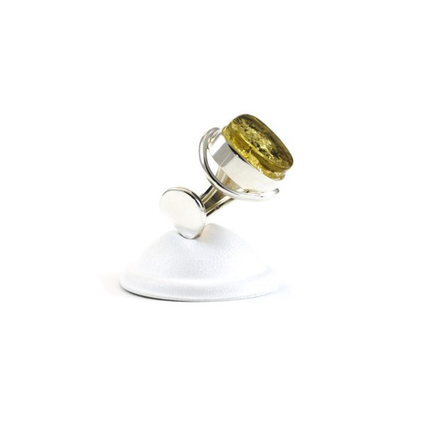 silver-ring-with-amber-green-2
