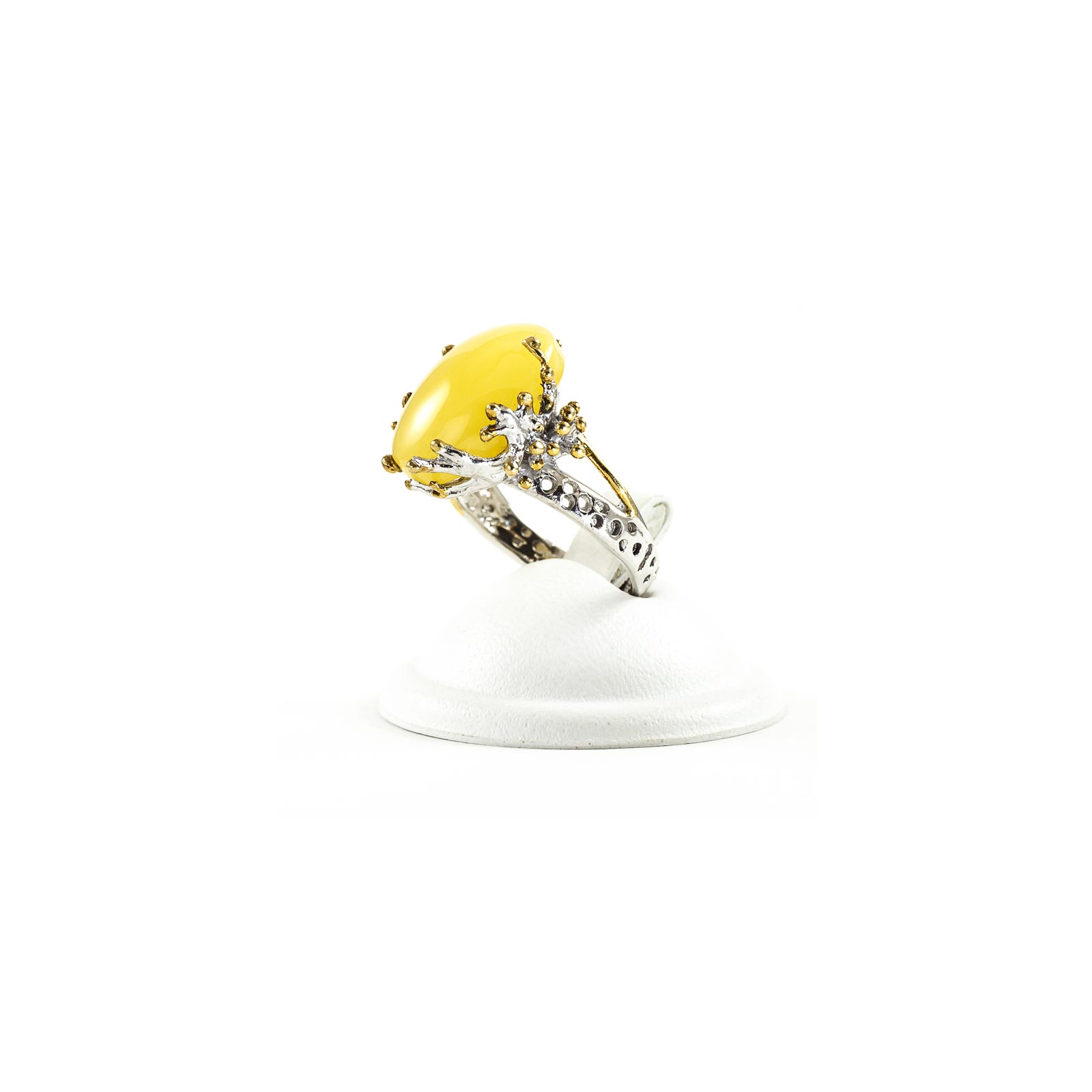 "Silver Ring With Natural Baltic Amber ""Ola II"""