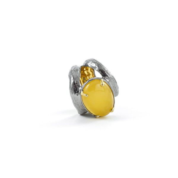 silver-ring-with-natural-yellow-amber-piece-6
