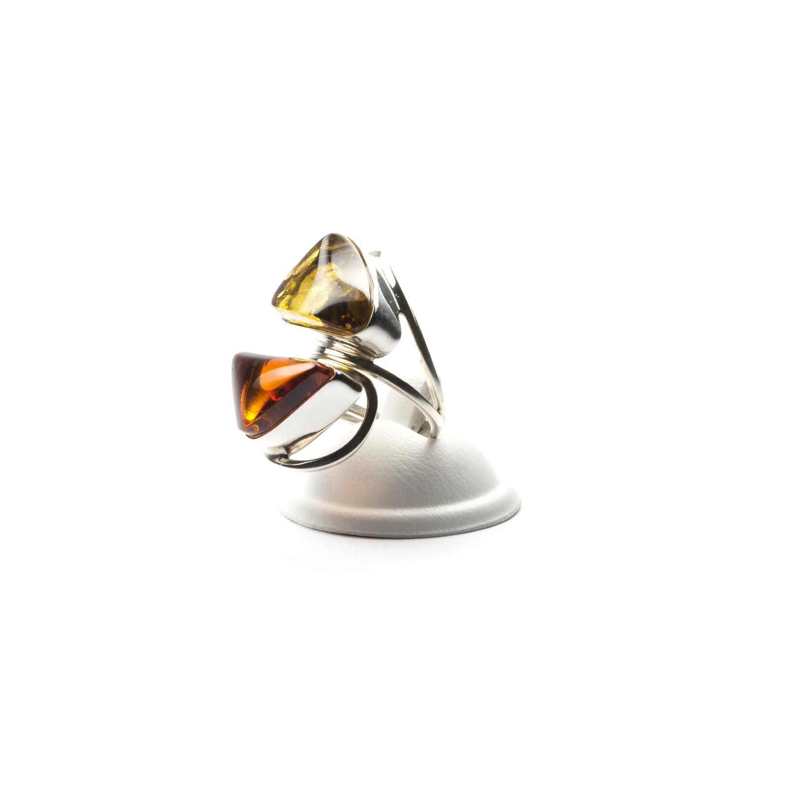 """Silver Ring with Natural Baltic Amber """"Beutenica II"""""""