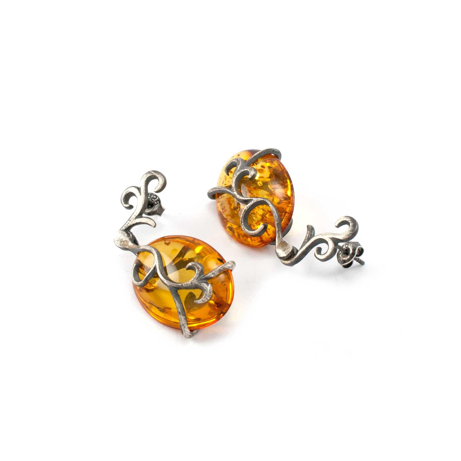 Vintage Earrings in Sterling Silver and Cognac Amber